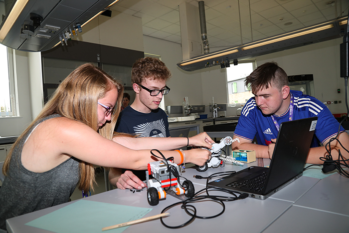 West Yorkshire pupils raise their aspirations at university summer school