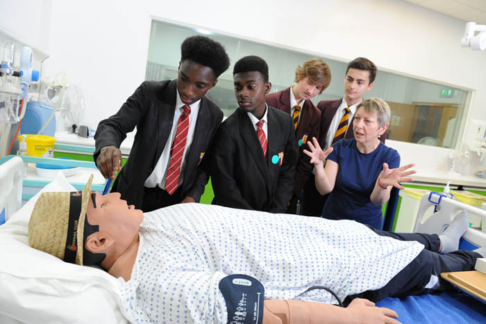 Leeds Beckett aims to get boys into healthcare