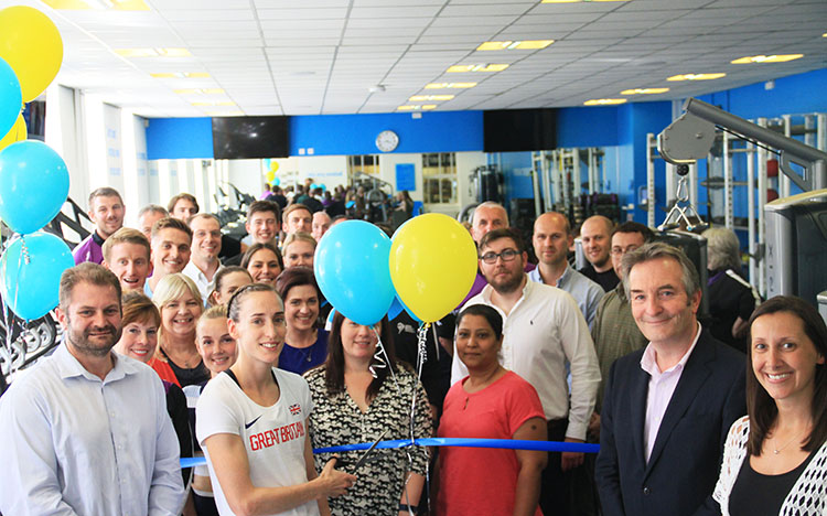 Team GB athlete Laura Weightman opens new gym at Headingley