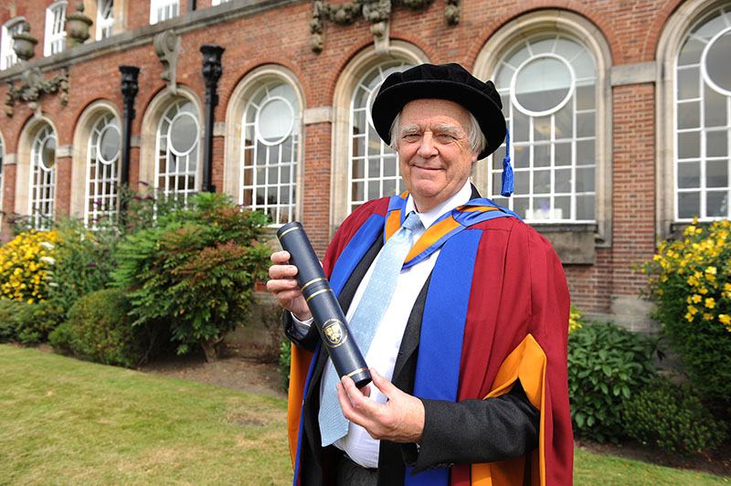 Sir Tim Rice receives honorary degree from Leeds Beckett