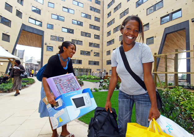 New students moving into their accommodation